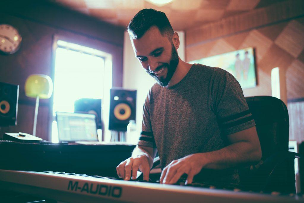 5piece-music-producer